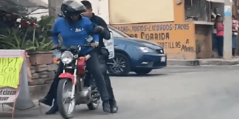 Repartidor ayuda a policía para perseguir a un ladrón - ¡Hola Morros! ??